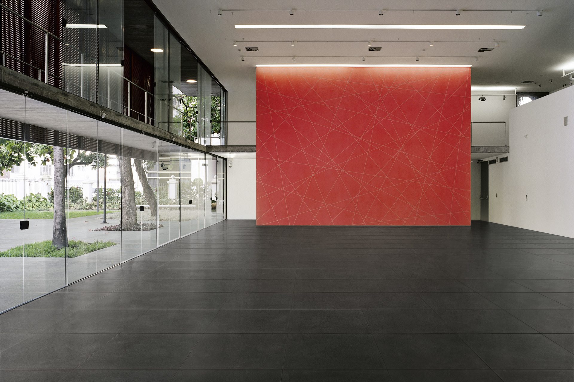 Modern Design Porcelain Tiles - Sensible